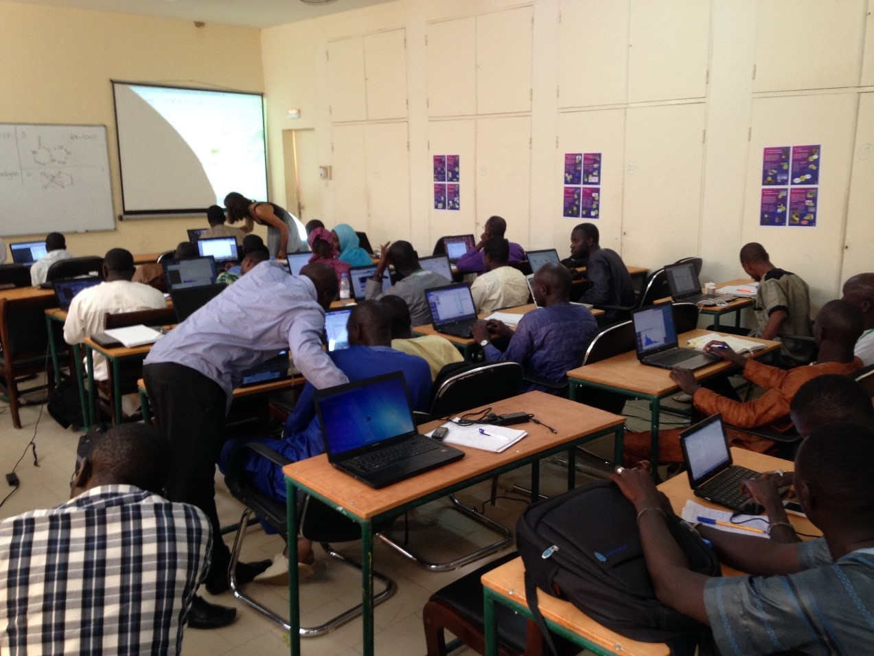 Participants in the CSD System training session during the crystallography school and travelling laboratory held at the University of Ziguinchor, Senegal